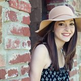 Aurora L.'s Photo