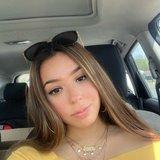 Ariana D.'s Photo