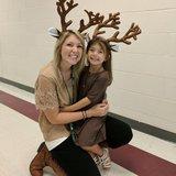 Photo for Babysitter Needed For 1 Child In Delano.