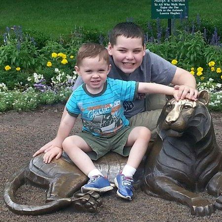 Child Care Job in Bloomfield Hills, MI 48301 - Babysitter Needed For 2 Children In Birmingham - Care.com