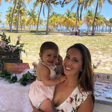Child Care Job in North Miami Beach, FL 33160 - Nanny Needed For 1 Child In North Miami Beach - Care.com