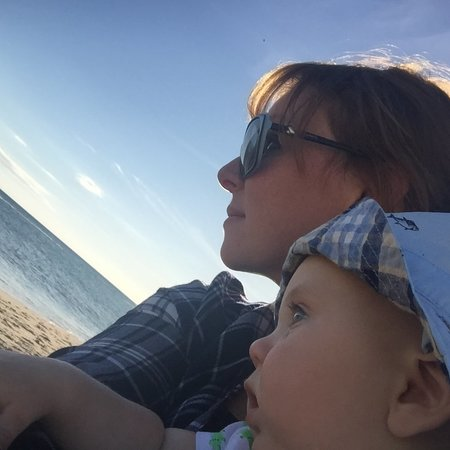 Child Care Job in West Hartford, CT 06119 - Nanny Needed For 15 Month Old Boy In West Hartford - Care.com